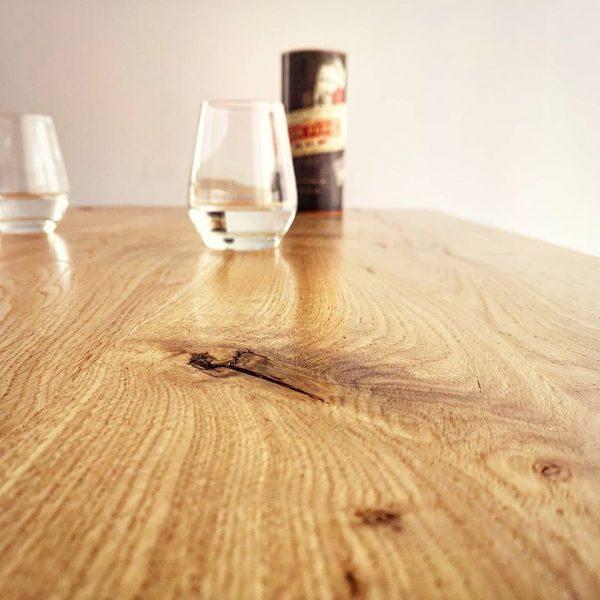 Table bois acier helcé détail