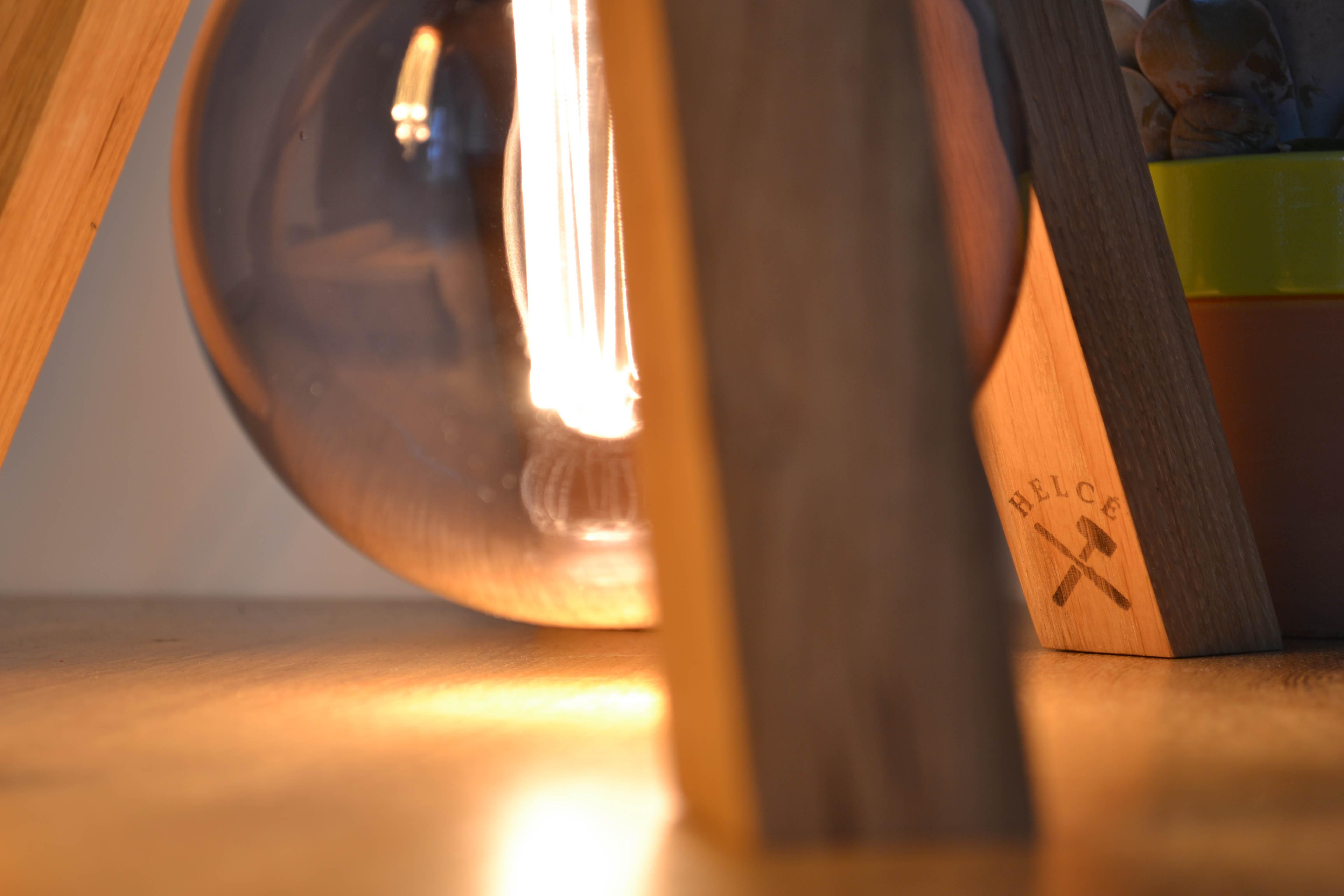 Lampe bois helcé