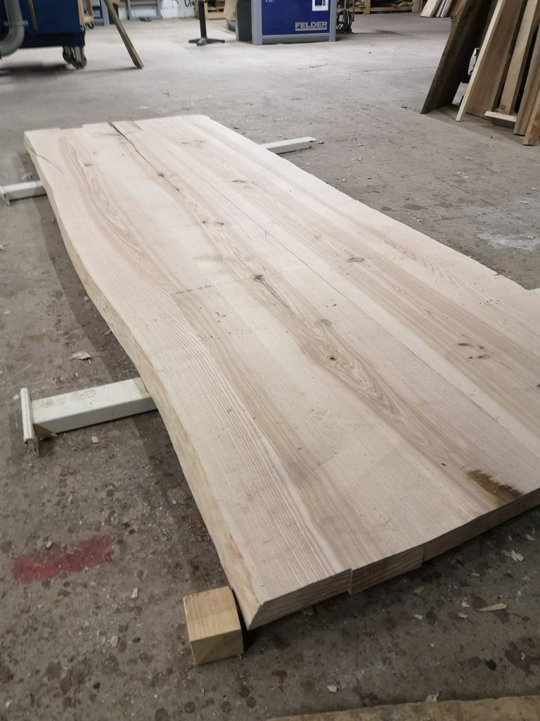 Fabrication table Vosges
